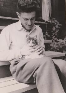 Irwin with kitten cropped